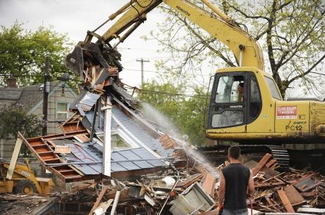 110506.ajm_.demolition.37061